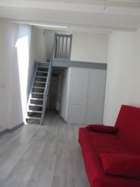 Appartement Montmelian &bull; <span class='offer-area-number'>33</span> m² environ &bull; <span class='offer-rooms-number'>1</span> pièce
