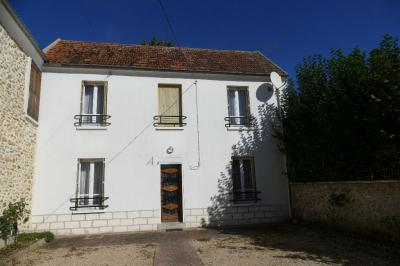 Maison Coulommiers &bull; <span class='offer-area-number'>110</span> m² environ &bull; <span class='offer-rooms-number'>6</span> pièces