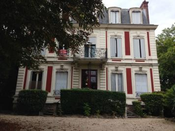 Appartement Joinville le Pont &bull; <span class='offer-area-number'>47</span> m² environ &bull; <span class='offer-rooms-number'>2</span> pièces