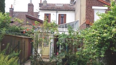 Maison Achicourt &bull; <span class='offer-area-number'>123</span> m² environ &bull; <span class='offer-rooms-number'>7</span> pièces