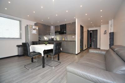 Appartement Bondy &bull; <span class='offer-area-number'>47</span> m² environ &bull; <span class='offer-rooms-number'>3</span> pièces