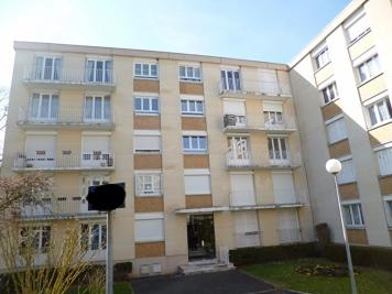 Appartement Senlis &bull; <span class='offer-area-number'>73</span> m² environ &bull; <span class='offer-rooms-number'>4</span> pièces