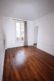 Appartement La Garenne Colombes &bull; <span class='offer-area-number'>25</span> m² environ &bull; <span class='offer-rooms-number'>1</span> pièce