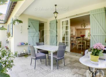 Maison Cerisiers &bull; <span class='offer-area-number'>115</span> m² environ &bull; <span class='offer-rooms-number'>5</span> pièces