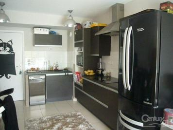 Appartement La Ciotat &bull; <span class='offer-area-number'>54</span> m² environ &bull; <span class='offer-rooms-number'>3</span> pièces