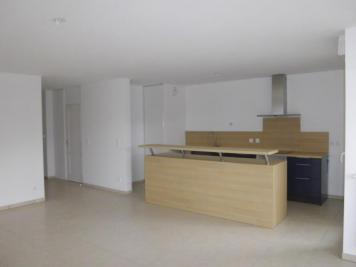 Appartement St Ismier &bull; <span class='offer-area-number'>73</span> m² environ &bull; <span class='offer-rooms-number'>3</span> pièces