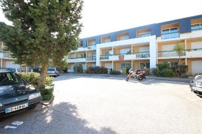 Appartement Cherbourg Octeville &bull; <span class='offer-area-number'>20</span> m² environ