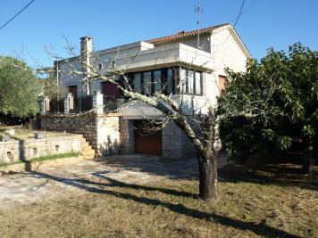 Maison Joyeuse &bull; <span class='offer-area-number'>105</span> m² environ &bull; <span class='offer-rooms-number'>6</span> pièces