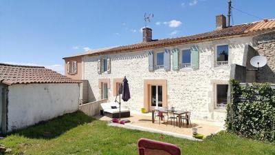 Maison Aubigny &bull; <span class='offer-area-number'>190</span> m² environ &bull; <span class='offer-rooms-number'>8</span> pièces
