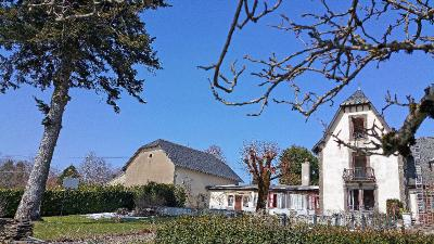 Maison Aurillac &bull; <span class='offer-area-number'>162</span> m² environ &bull; <span class='offer-rooms-number'>6</span> pièces