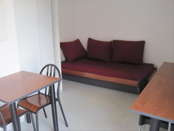 Appartement Marseille 03 &bull; <span class='offer-area-number'>18</span> m² environ &bull; <span class='offer-rooms-number'>1</span> pièce