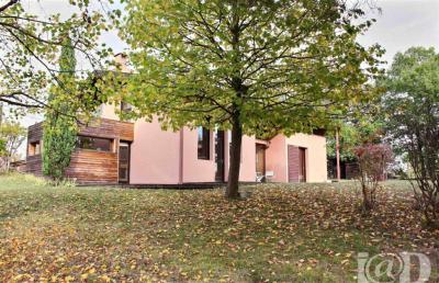 Maison Bouloc &bull; <span class='offer-area-number'>202</span> m² environ &bull; <span class='offer-rooms-number'>7</span> pièces