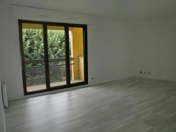 Appartement Le Bouscat &bull; <span class='offer-area-number'>63</span> m² environ &bull; <span class='offer-rooms-number'>3</span> pièces
