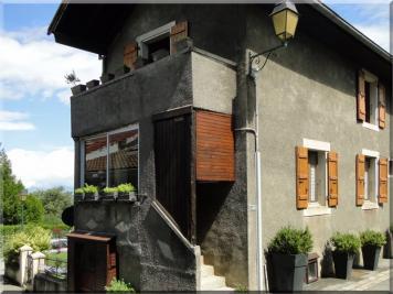 Maison St Cergues &bull; <span class='offer-area-number'>62</span> m² environ &bull; <span class='offer-rooms-number'>4</span> pièces