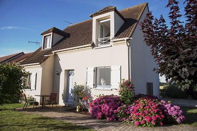 Maison Villorceau &bull; <span class='offer-area-number'>113</span> m² environ &bull; <span class='offer-rooms-number'>6</span> pièces