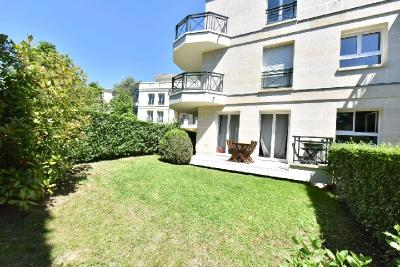 Appartement Le Plessis Robinson &bull; <span class='offer-area-number'>49</span> m² environ &bull; <span class='offer-rooms-number'>2</span> pièces