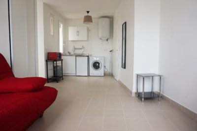Appartement St Ouen &bull; <span class='offer-area-number'>25</span> m² environ &bull; <span class='offer-rooms-number'>1</span> pièce