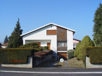Maison Sierentz &bull; <span class='offer-area-number'>140</span> m² environ &bull; <span class='offer-rooms-number'>7</span> pièces