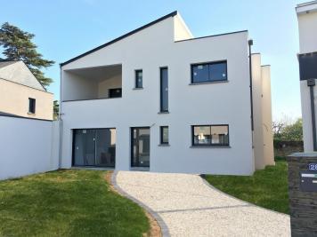 Maison Trelaze &bull; <span class='offer-area-number'>156</span> m² environ &bull; <span class='offer-rooms-number'>5</span> pièces