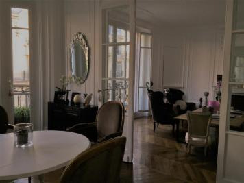 Appartement Neuilly sur Seine &bull; <span class='offer-area-number'>135</span> m² environ &bull; <span class='offer-rooms-number'>5</span> pièces