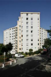 Appartement Ville d Avray &bull; <span class='offer-area-number'>91</span> m² environ &bull; <span class='offer-rooms-number'>4</span> pièces