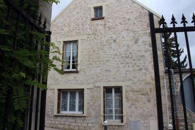 Maison L Isle Adam &bull; <span class='offer-area-number'>57</span> m² environ &bull; <span class='offer-rooms-number'>3</span> pièces