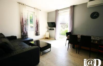 Maison Champ sur Drac &bull; <span class='offer-area-number'>100</span> m² environ &bull; <span class='offer-rooms-number'>5</span> pièces
