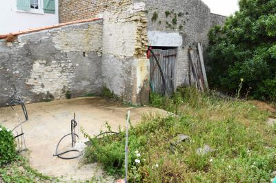 Maison St Clement des Baleines &bull; <span class='offer-area-number'>113</span> m² environ &bull; <span class='offer-rooms-number'>5</span> pièces