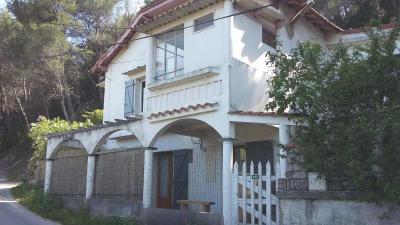 Maison Auriol &bull; <span class='offer-area-number'>110</span> m² environ &bull; <span class='offer-rooms-number'>6</span> pièces