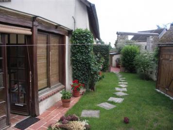 Villa Gasville Oiseme &bull; <span class='offer-area-number'>116</span> m² environ &bull; <span class='offer-rooms-number'>5</span> pièces