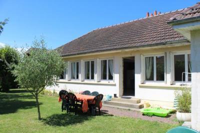 Maison Demouville &bull; <span class='offer-area-number'>103</span> m² environ &bull; <span class='offer-rooms-number'>6</span> pièces