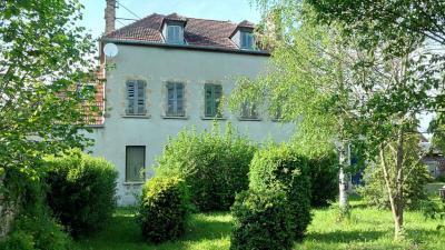 Maison Bezenet &bull; <span class='offer-area-number'>225</span> m² environ &bull; <span class='offer-rooms-number'>6</span> pièces