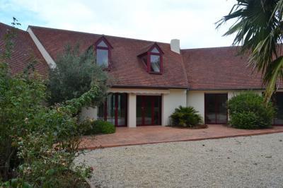 Maison Pleumeur Bodou &bull; <span class='offer-area-number'>156</span> m² environ &bull; <span class='offer-rooms-number'>5</span> pièces