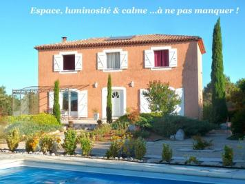Maison Carnoux en Provence &bull; <span class='offer-area-number'>220</span> m² environ &bull; <span class='offer-rooms-number'>8</span> pièces