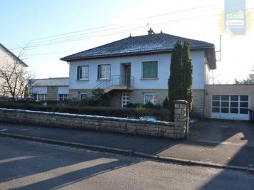Maison Montcenis &bull; <span class='offer-area-number'>378</span> m² environ &bull; <span class='offer-rooms-number'>9</span> pièces