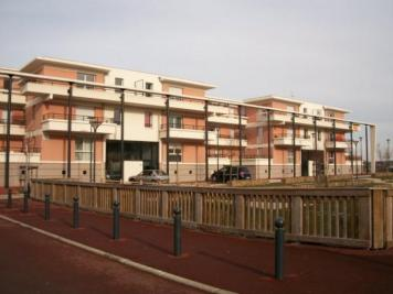 Appartement Chartres &bull; <span class='offer-area-number'>80</span> m² environ &bull; <span class='offer-rooms-number'>4</span> pièces