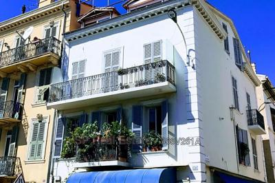 Appartement Cannes &bull; <span class='offer-area-number'>63</span> m² environ &bull; <span class='offer-rooms-number'>3</span> pièces