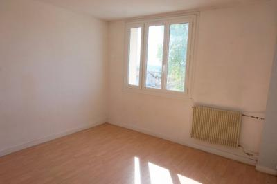 Appartement Trevoux &bull; <span class='offer-area-number'>26</span> m² environ &bull; <span class='offer-rooms-number'>1</span> pièce