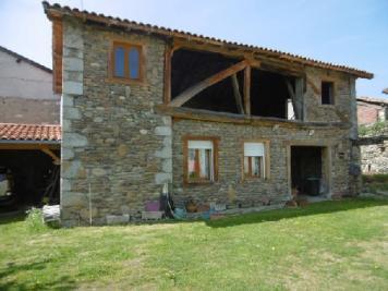 Maison Montrejeau &bull; <span class='offer-area-number'>101</span> m² environ &bull; <span class='offer-rooms-number'>4</span> pièces
