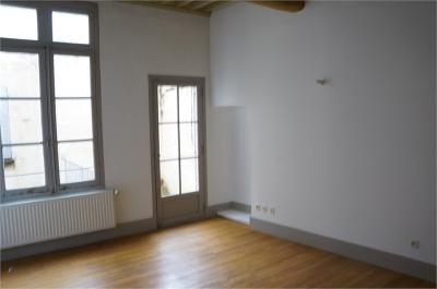 Appartement Beaucaire &bull; <span class='offer-area-number'>72</span> m² environ &bull; <span class='offer-rooms-number'>3</span> pièces