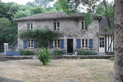 Maison Pierre Buffiere &bull; <span class='offer-area-number'>127</span> m² environ &bull; <span class='offer-rooms-number'>5</span> pièces