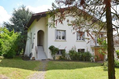 Maison La Tour de Salvagny &bull; <span class='offer-area-number'>125</span> m² environ &bull; <span class='offer-rooms-number'>5</span> pièces