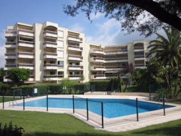 Appartement Le Golfe Juan &bull; <span class='offer-area-number'>24</span> m² environ &bull; <span class='offer-rooms-number'>1</span> pièce