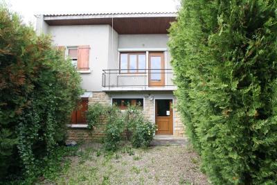 Maison Gueugnon &bull; <span class='offer-area-number'>90</span> m² environ &bull; <span class='offer-rooms-number'>5</span> pièces
