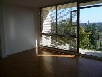 Appartement Macon &bull; <span class='offer-area-number'>79</span> m² environ &bull; <span class='offer-rooms-number'>4</span> pièces