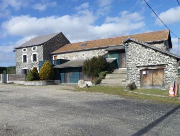 Maison Yssingeaux &bull; <span class='offer-area-number'>240</span> m² environ &bull; <span class='offer-rooms-number'>7</span> pièces