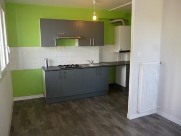 Appartement St Pol de Leon &bull; <span class='offer-area-number'>34</span> m² environ &bull; <span class='offer-rooms-number'>2</span> pièces