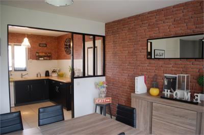 Maison La Mothe Achard &bull; <span class='offer-area-number'>88</span> m² environ &bull; <span class='offer-rooms-number'>5</span> pièces