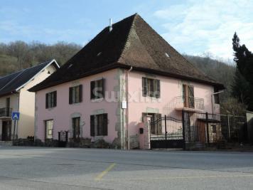 Maison Aiguebelette le Lac &bull; <span class='offer-area-number'>230</span> m² environ &bull; <span class='offer-rooms-number'>5</span> pièces