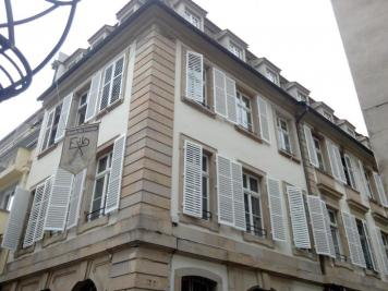 Appartement Strasbourg &bull; <span class='offer-area-number'>64</span> m² environ &bull; <span class='offer-rooms-number'>3</span> pièces